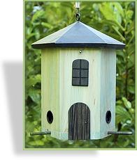 vogelhaus futterhaus wildlife. Black Bedroom Furniture Sets. Home Design Ideas